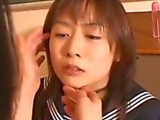 Schülerin Küssen mit ihrem Lehrer ihre Muschi geriebene gefickt mit Vi Erste