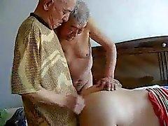 2 grandpas Opa bumsen