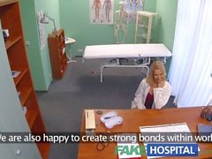 FakeHospital Yeni hemşire azgın doktor çift cumshot alır