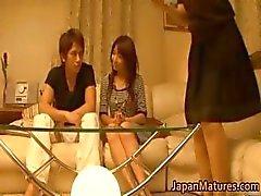 Japanska mogna kvinnor har en trekant part4