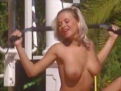 Alman Havuz Pornosu
