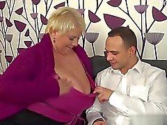 Возбуждённый жена наказываются