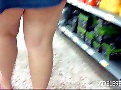 upskirt dans les boutiques