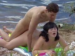 Sahilde seks yapma genç çift
