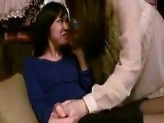 Две восхитительные японские девушки наслаждаются захватывающей лесбийской е