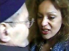 RANSKAN TÄYSIKASVUINEN n45a blondi anaali äiti ja vanha mies Vieux perver
