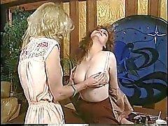Jacqueline Larians vietteli ja sitten martubateskuuma tyttö ja nuolla hänen pillua