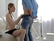 Bronzeur de Mayes Branlette de 20 ans blonds Eva la la pulvérisation de