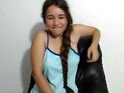 étudiant seins clignotant de cutealysse18 sur webcam en direct