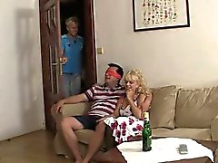 trio drôle avec sa petite amie
