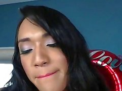 Asya ve siyah transeksüel anal ve yüz