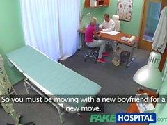 FakeHospital Slim babe doktorla seks yapmak istiyor