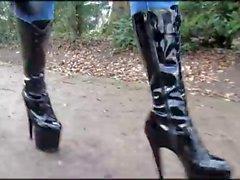 Topuklu ayakkabılarıyla 8. outdoor