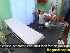Çek amatör hasta doktor tarafından taciz edildi