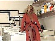 En Güzel Büyük Göğüsler Stepmom Ve Onun Y