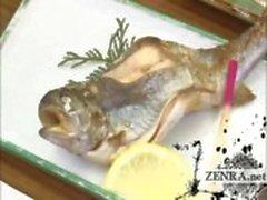 Tekstitetty Japanin MILF ryhmä esileikki ruokailu puolue