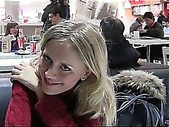Nasty Aufnahme blonden ist zum kotzen jizzster