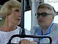 Öffentlichen Sex sich im Stadt Bus