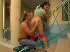Cleaning lady getting fucked poolside