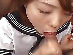 chica de la escuela asian Morimoto está dentro mamada de el hardcore