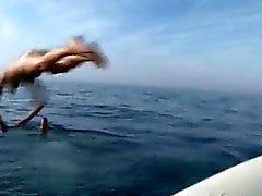 Französisch Feuerwehr ficken auf Schlauchboot