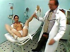 çorap seksi ince azgın klinikte onun sözlü becerilerini ortaya