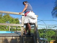 Windy upskirts Teil 31