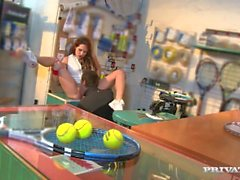 Emy Russo Anal Tennis Pro en action