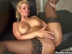Sürtük MILF Phoenix Marie Creampied Gets the