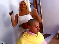Blonde travesti Kaçanı Siken O'na