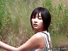 Fantastiska varma riktiga asiatiska modellen poserar part6