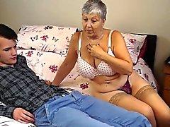 La nonna di Savana scopare con bastone davvero difficile