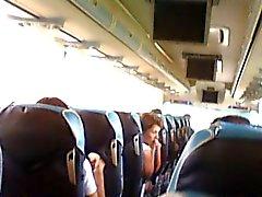 Giocando con me nel bus