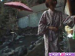 Tomoe de Hinatsu suce et se baiser mare