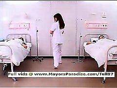 Akiho Yoshizawa inocencia enfermera chinos travieso le gusta hacer mamadas