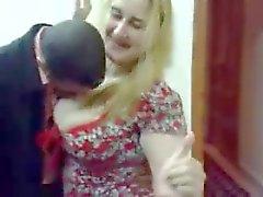 Arap Saghra Gece arkadaşım için arab milf dancing