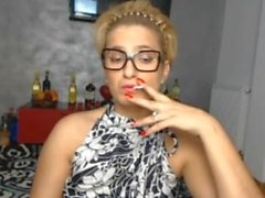 tupakoinnin tytön