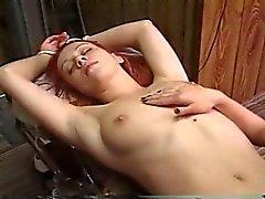 Orgasmus zu Folter im des Satans Klinik