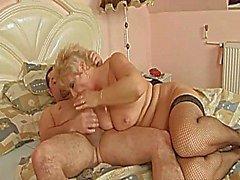 Härlig blond Italian shorthair - Storväxt - mormors knullad