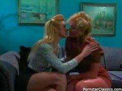 80s bayanlar ilk kez lezbiyen