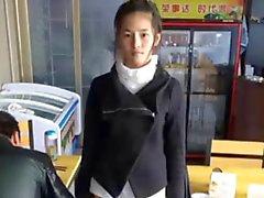 Nettes chinesisches Mädchen Meng Lithium masturbates on cam