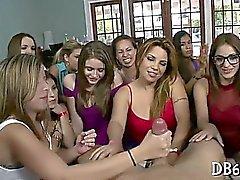 Очень жаркий жесткого секс девочки отделении