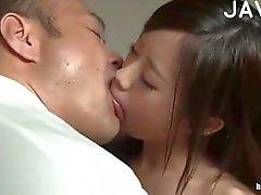 Sıcak Asya Babe Öpüşme