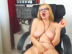 Madison Scott blonde gros seins babe buffing le bouton