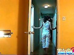 Pigtail frechen Babysitterin Evelyn Ling immer von fickte
