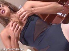 Parfaite brune russe bodied en collants tan jouant coquine