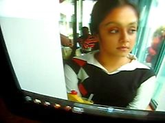 Jyothika Aunty .. jothika tétine le noir
