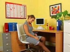 Ultra sexig sekreterare tease på kontoret