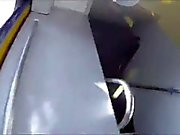 Novinha de calcinha comportada no metro