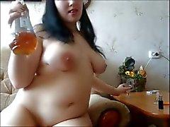 Hermosa de Gordas En Bañera Masturbate del cuerpo